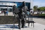 Памятник братьям Люмьер, улица Дзержинского на фото Екатеринбурга