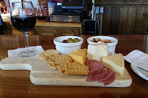 Stone Cliff Winery, Dubuque, United States