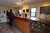 Whitecliff Vineyard & Winery, Gardiner, United States