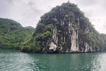 Oasis Bay Classic Cruise - Halong Bay, Halong Bay, Vietnam