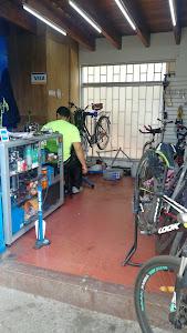El Piñon Loco - Taller de bicicletas 9