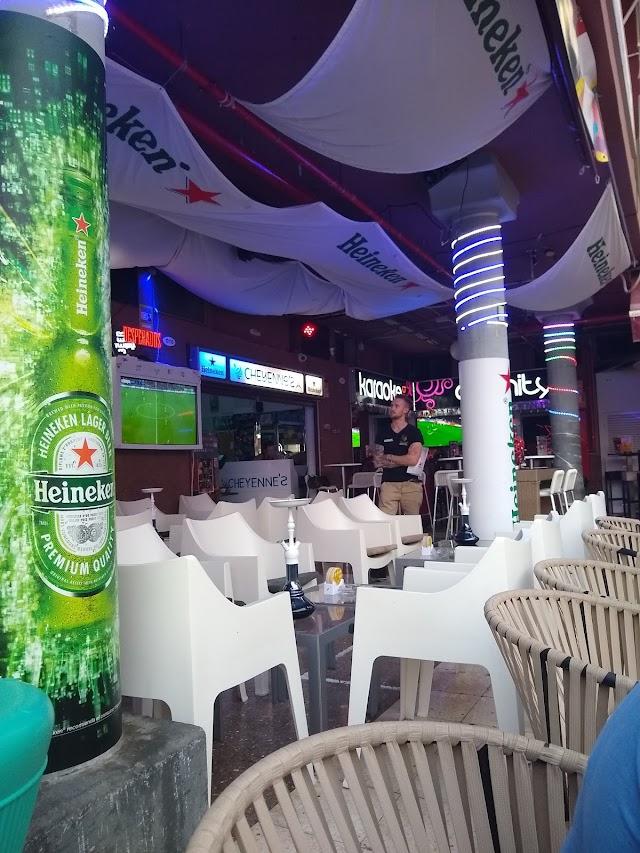 Cheyennes Lounge Bar