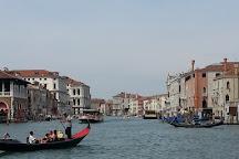 Palazzo dei Camerlenghi, Venice, Italy