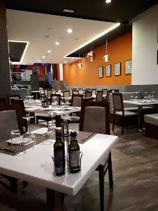 Ferdie's Restaurant & Cocktail Bar