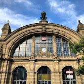 Железнодорожная станция  станции  Frankfurt(Main)Hbf