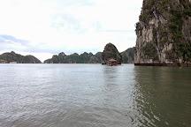 Lan Ha Bay, Cat Ba, Vietnam