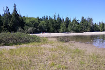 Kennedy Lake Provincial Park, Ucluelet, Canada