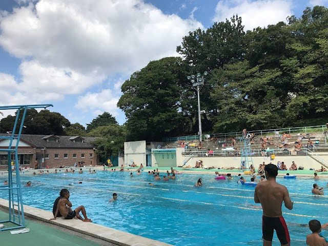 Motomachi Park Public Swimming Pool