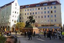 Wappenbrunnen, Berlin, Germany