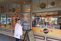 The Menz FruChocs Shop, Hahndorf, Australia