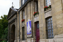 Square Laurent Prache, Paris, France