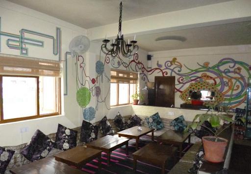 Places Restaurant & Bar