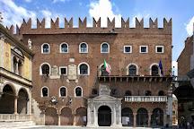 Palazzo del Podesta, Verona, Italy