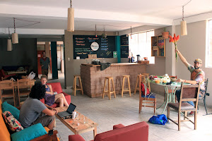 Héroes - Café y Bar 0