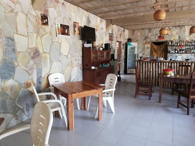 """Le Bon Vivant Restaurant """"chez Le Belge"""""""