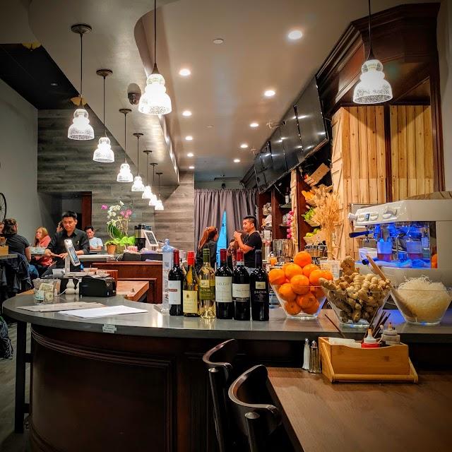 Chez Eatery - Banh Mi