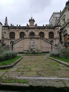 Biblioteca Municipal de Santander (sábados, domingos y festivos: cerrada)