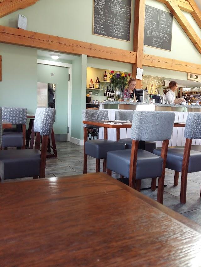 Canada Wood Kitchen and Bar