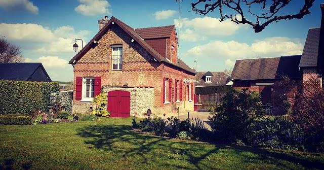 """Gite """"Au petit Bonheur """" de Martincourt (5kms de Gerberoy/Oise Normande)"""