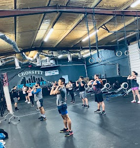 CrossFit Be Someone - Fitness Facility Functional Fitness, BootCamp, Nutrition, Olympic Weightlifting, Corporate Wellness, Fundamentals, Beginners, Health, Gym