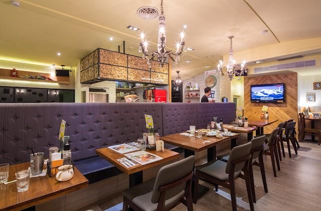 Second Floor Cafe Dunnan Restaurant