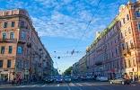 Красный куб, Невский проспект на фото Санкт-Петербурга