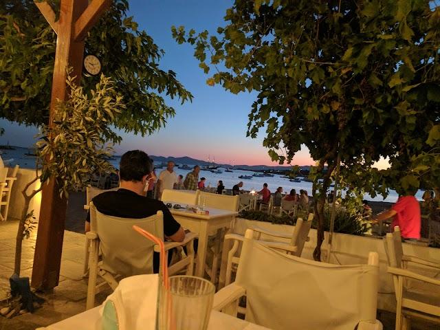 Manolis Cafe