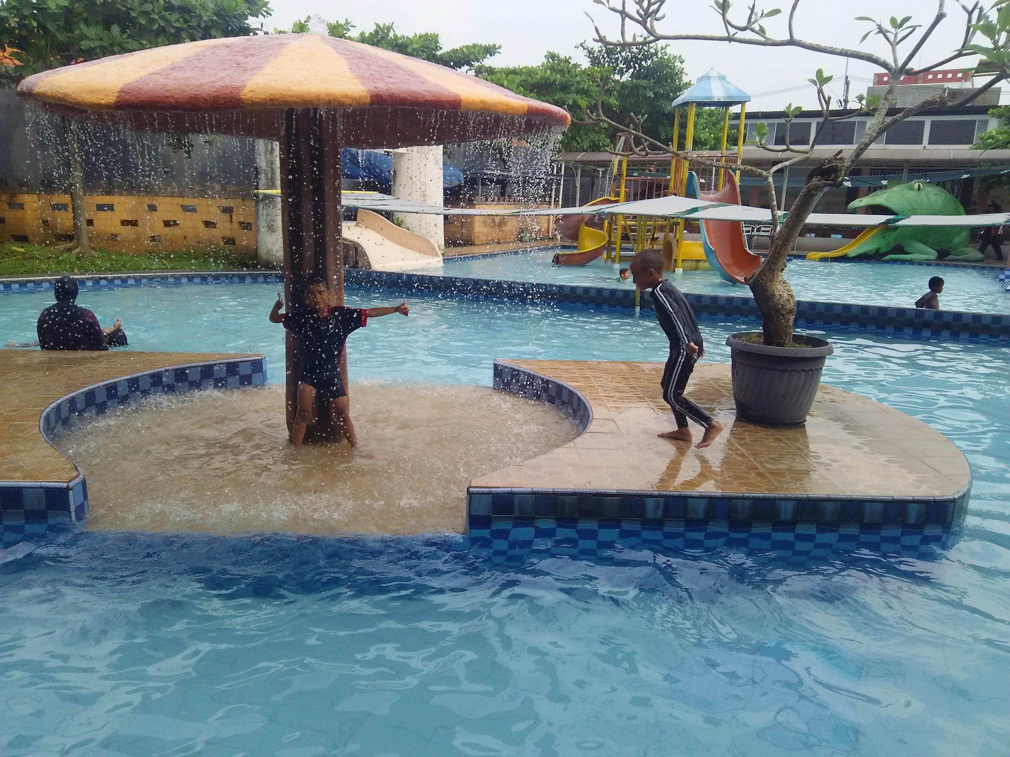 Primavera Swimming Pool