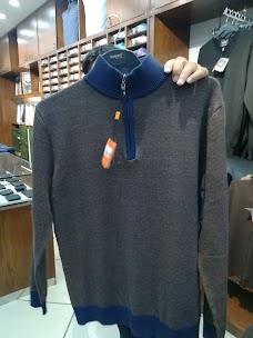 Uniworth Dress Co. (Shirt and Tie Shop) sargodha