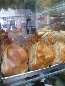 Panadería Pastelería D Diaz 9