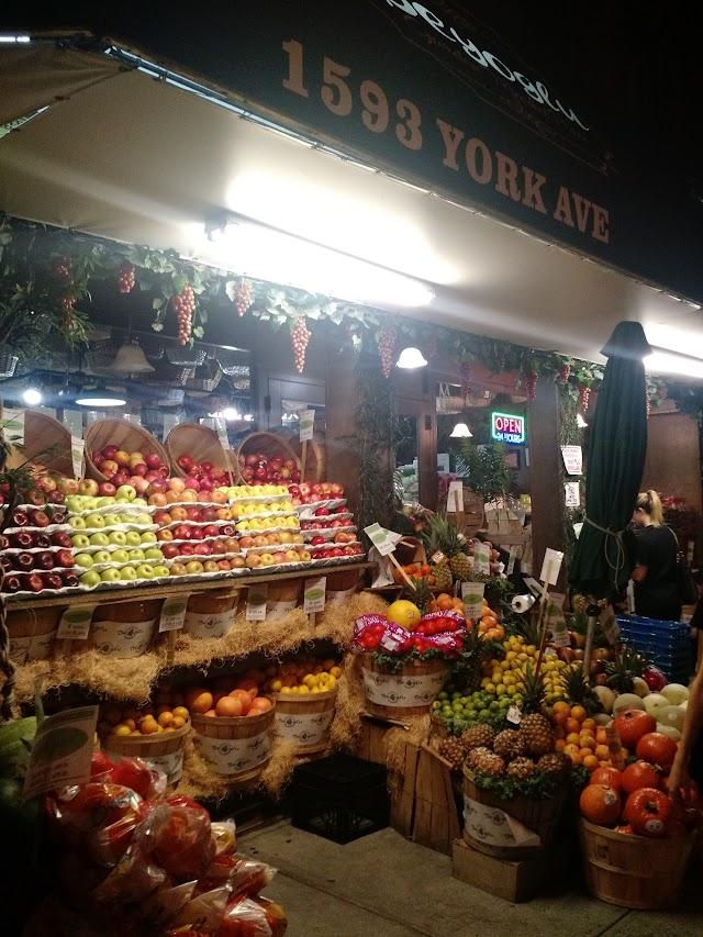 Beyoglu Garden Marketplace