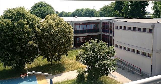 Liceo Statale Tito Lucrezio Caro