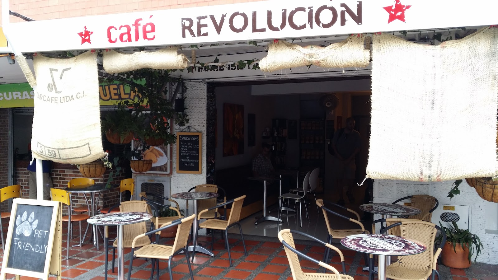 Café Revolución: A Work-Friendly Place in Medellin