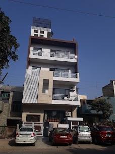 C-93, Bansal House