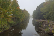 Windsor Locks Canal State Park Trail, Suffield, United States