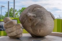 Sculpture Ecoute, Paris, France