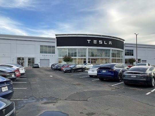 Tesla sales and service location in Houston, Texas