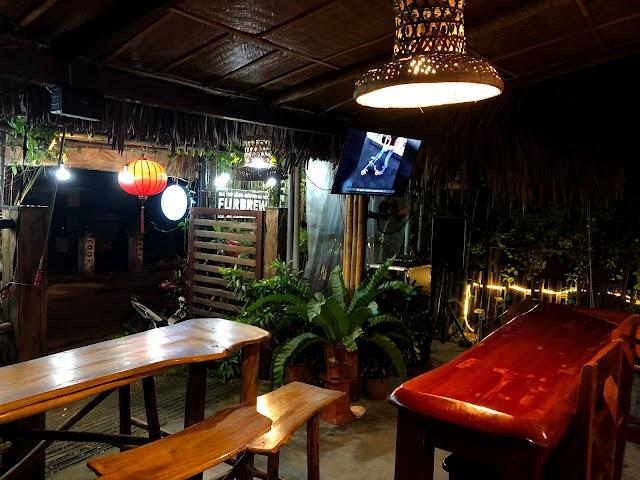 Bungalow Beach Bar