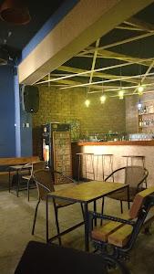 Rompecabezas Lounge Bar 3