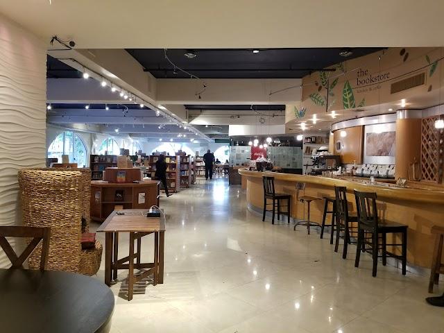 bookstore & kitchen