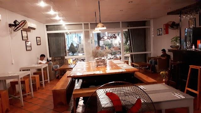 Saigonese Eatery