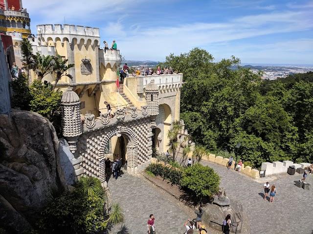Lisbon Around Tours