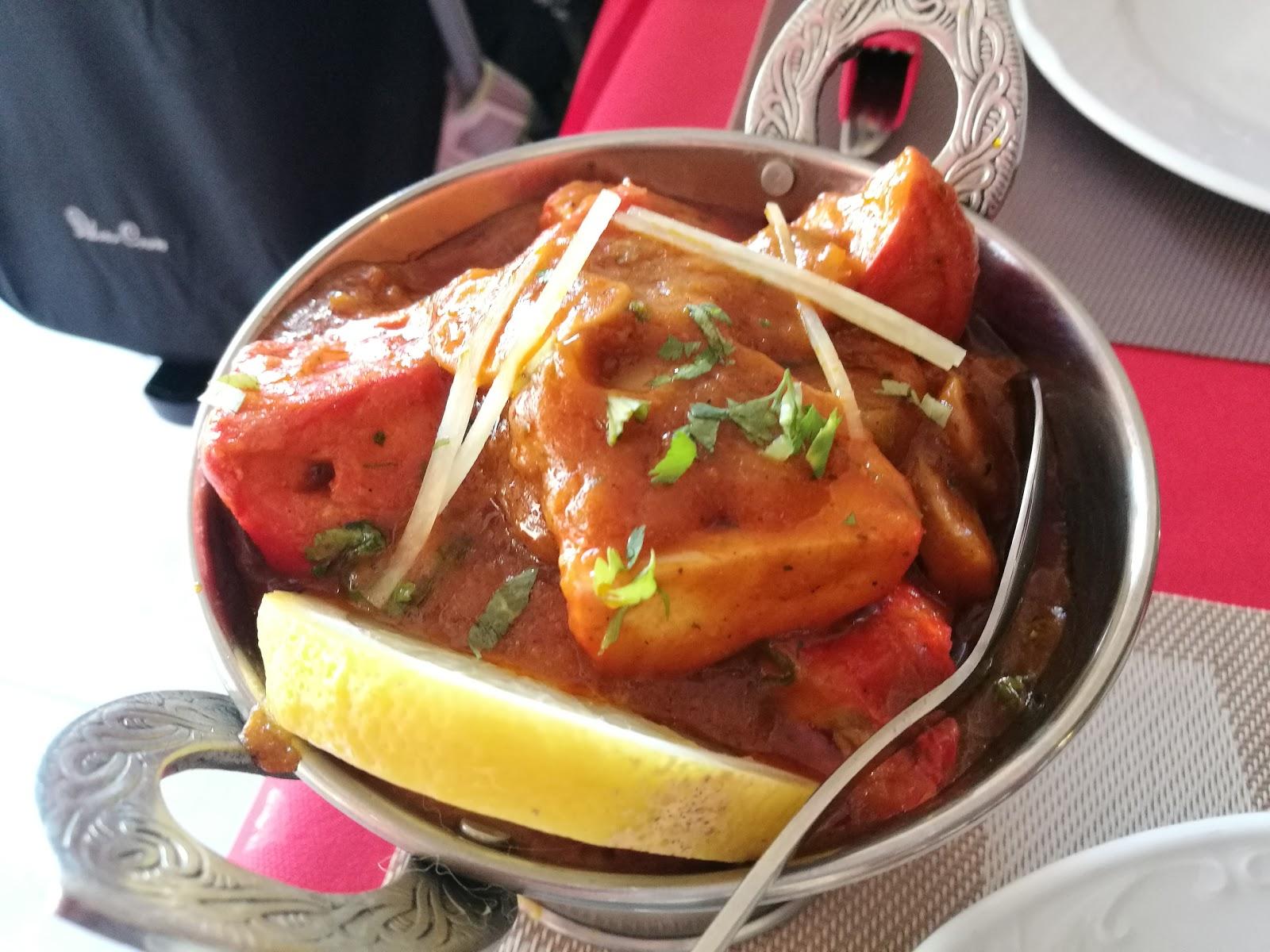 Taj Mahal Indian Tandoori Restaurant