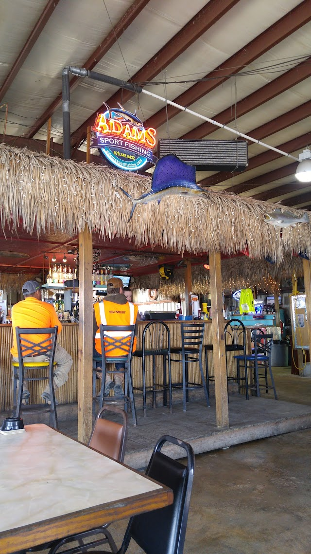 Pier 30 Bar and Grill