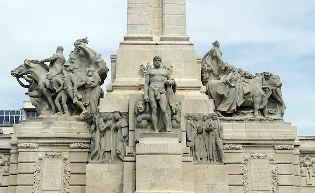 Monument to the Constitution of 1812