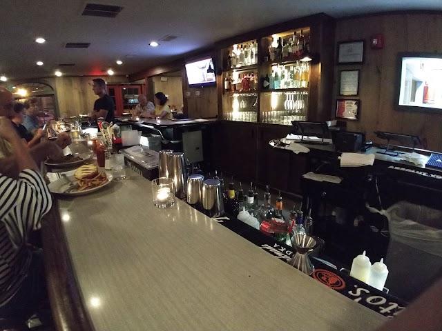 Mayer's Tavern
