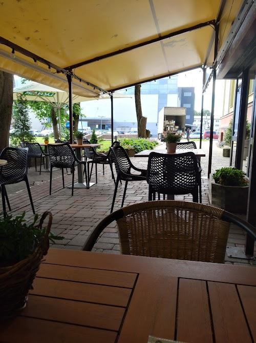 Bastions, Kafejnīca, Kantīne-B