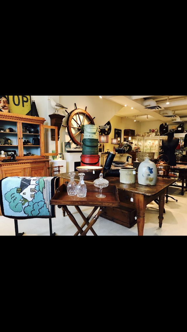 Finer Things Antiques & Curios