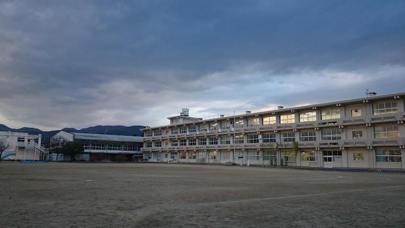 福島市立笹谷小学校 (福島県福島...