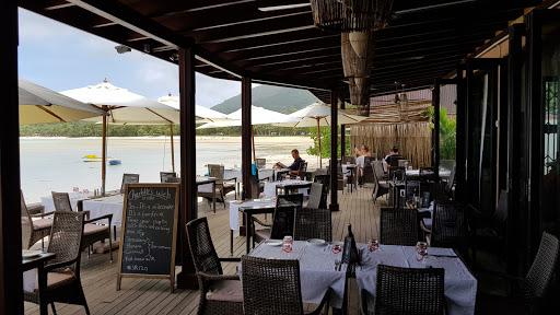 Del place Restaurant